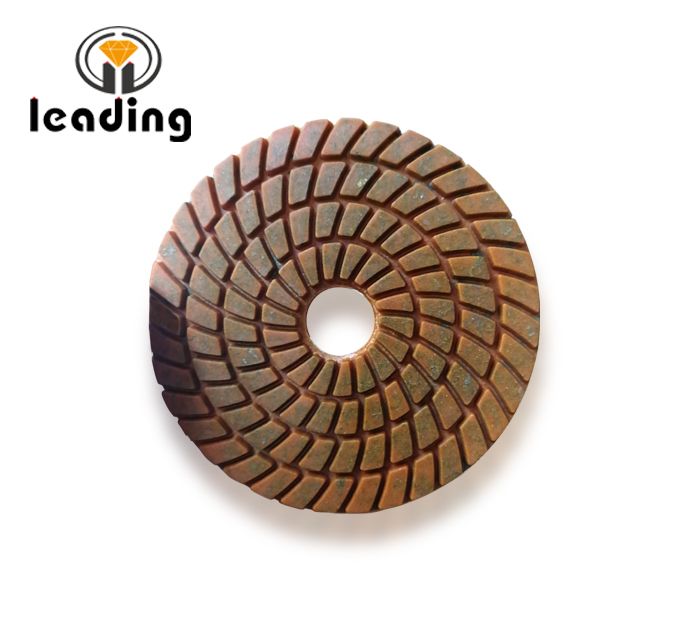 Diamond Polishing Pads with Metal Fragments